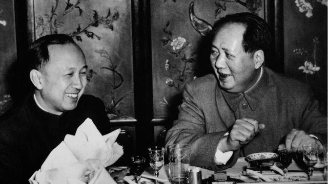 毛澤東和中國的導彈專家錢學森
