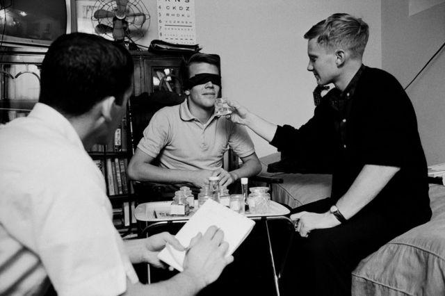 Randy Gardner en medio del experimento que lo mantuvo más de 11 días despierto