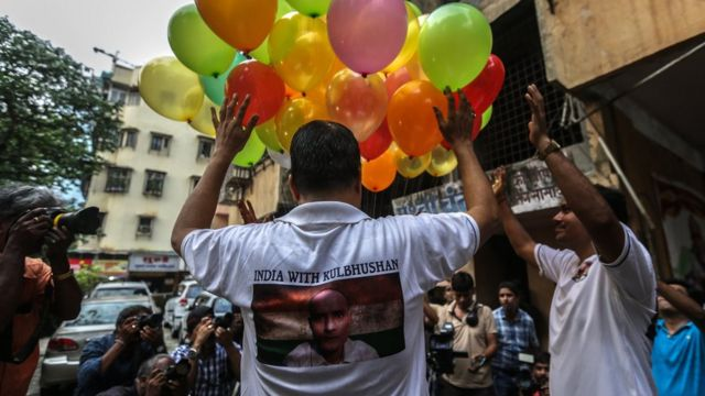 Kulbhushan Jadhav: Pakistan told to review 'India spy' case