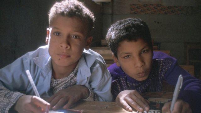 طالبان في مدرسة مصرية