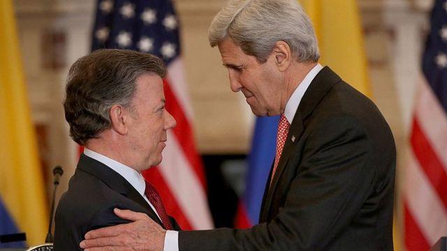 Juan Manuel Santos, John Kerry