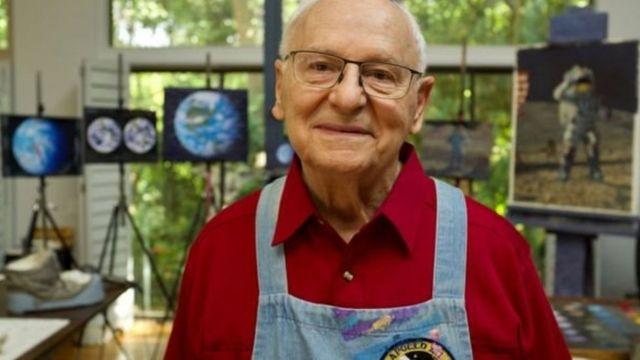 نقاشی های آلن بین از سفرهای فضایی اش از جمله به کره ماه الهام گرفت