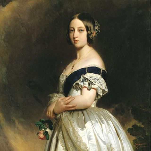 Kraliça Victoria-nın tacı taxdığı rəsmi portreti. 1842-ci ildə Franz Xaver Winterhalter çəkib