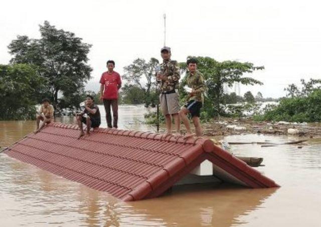 Các đập thủy điện thượng nguồn đang ảnh hưởng đến cuộc sống người dân hạ nguồn.