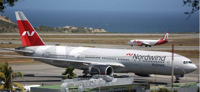 La presencia de este avión de la compañía rusa Nordwind en el aeropuerto de Caracas encendió todas las alarmas.