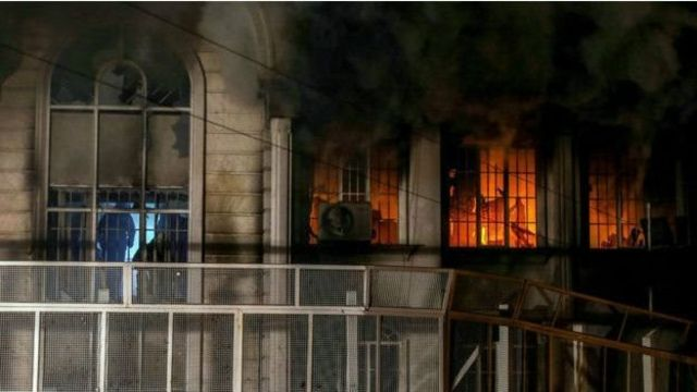 حمله و به آتش کشیدن سفارت عربستان در تهران