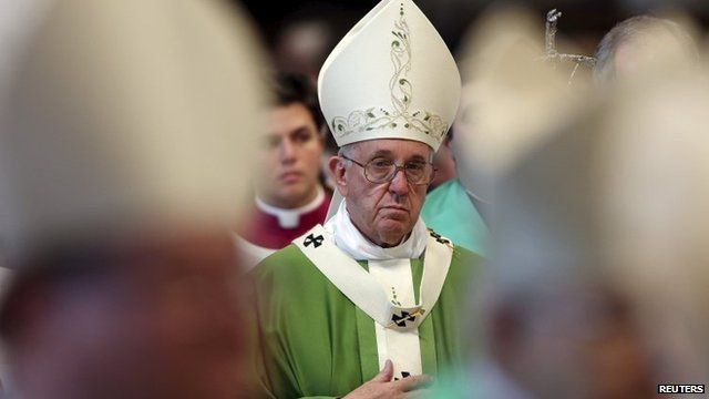 Catholic bishops compromise on divisive family issues