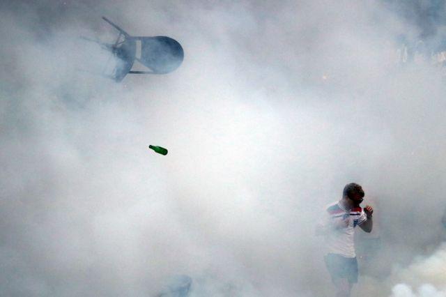 اشتباكات جماهير كرة القدم في مارسيليا