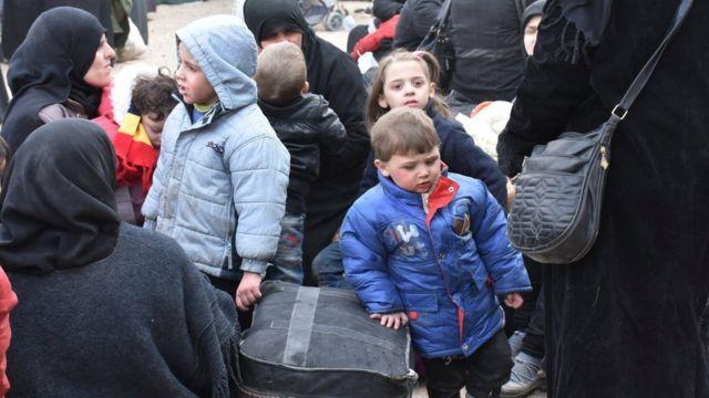 صورة نازحين سوريين