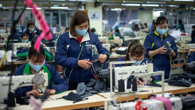 Nền kinh tế Việt Nam đang chịu tác động ngày càng lan rộng do dịch Covid-19