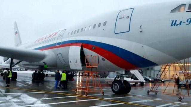 самолет Ил-96