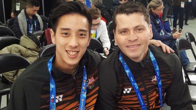 Julian Yee ve antrenörü