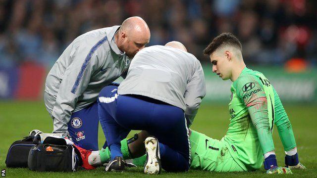 Chelsea keeper Kepa Arrizabalaga struggles with cramp