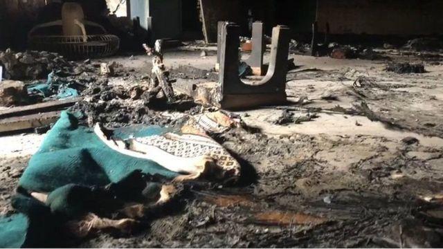 டெல்லி வன்முறை: அசோக் நகர் மசூதி உள்ள கோபுரத்தில் கொடிகளை ஏற்றியது யார்? - கள அறிக்கை