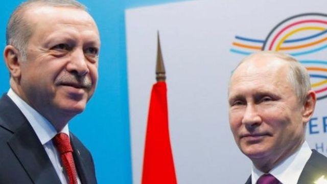 Rais wa Uturi Reccep Tayyip Erdogan na mwenzake wa Urusi Vladmir Putin
