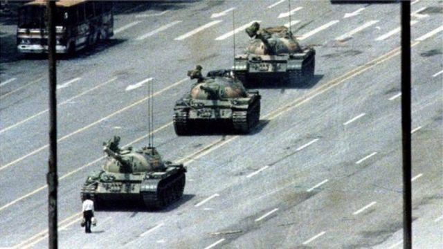 Hình ảnh 'Tank Man'