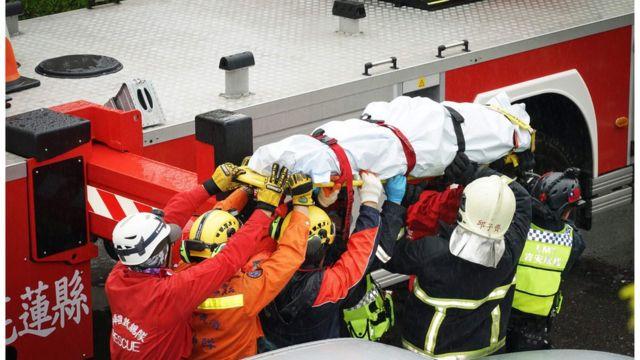當局救出了一些生還者,但也有人不幸遇難。