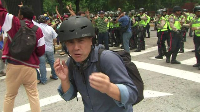 Wyre Davies in Caracas as protest turns violent