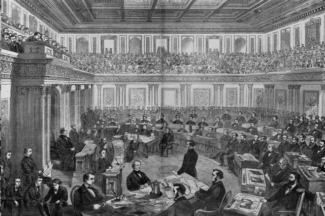 يُظهر نقش على الخشب محاكمة مجلس الشيوخ لأندرو جونسون