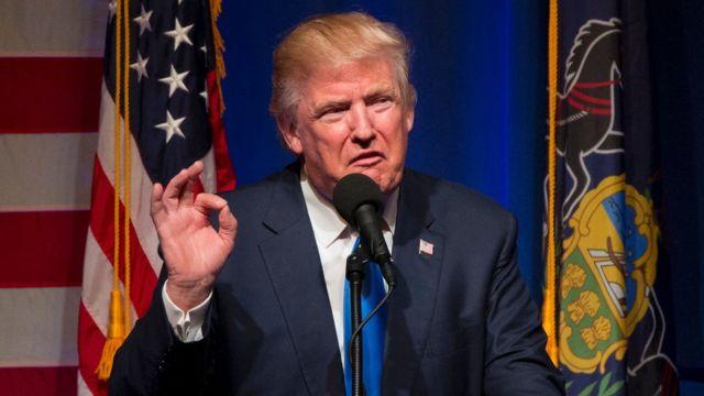 Kandidat capres Partai Republik Donald Trump dalam sebuah kampanye di Lackawanna College di Scranton, Pennsylvania, pada 7 November 2016