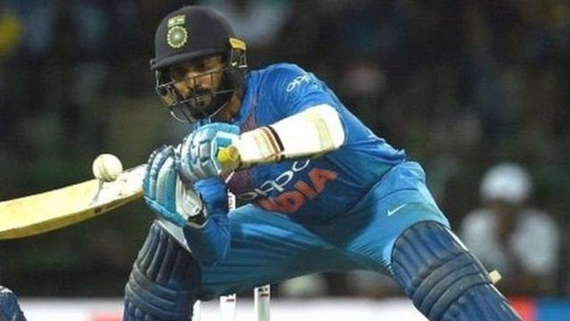 ભારતીય ક્રિકેટર દિનેશ કાર્તિક