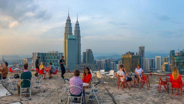 多元文化在吉隆坡交汇融合。初来乍到者总能在吉隆坡发现新奇不断。