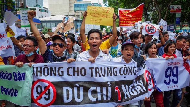 Biểu tình chống dự luật Đặc khu ở Hà Nội hôm 10/6/2018.