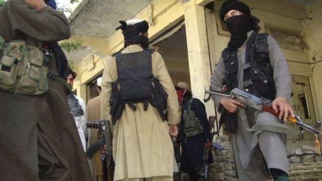 चरमपंथी समूह लश्कर-ए-झंगवी के लड़ाके