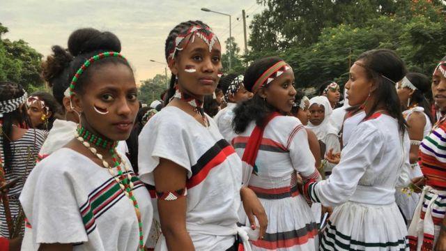 Shamarree Oromoo aadaa fi dhudhaa abbootii isaaniitiin boonan akkasiin ijjoollee abbaa gadaa ta'usaanii mul'isanii olan