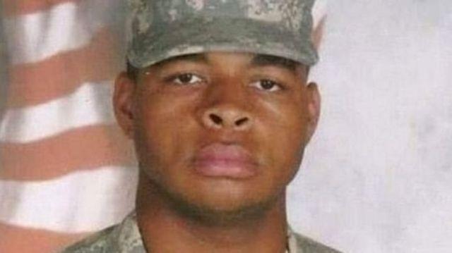 Мика Джонсон служил в американской армии с 2009 по 2015 год
