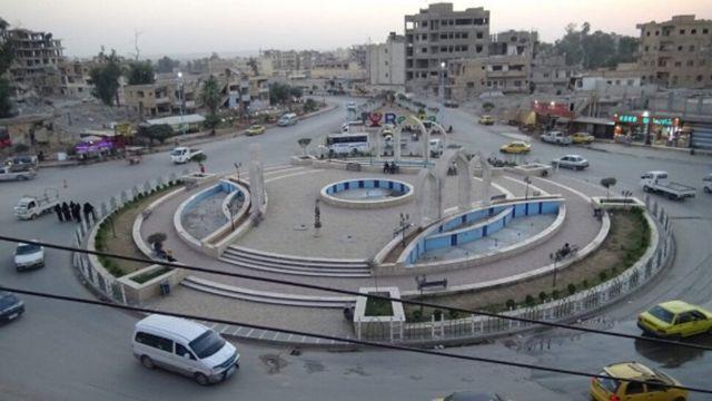 دوار النعيم في الرقة، الساحة التي كانت تنفذ فيها داعش الإعدامات عندما اتخذتها معقلاً رئيسياً لها