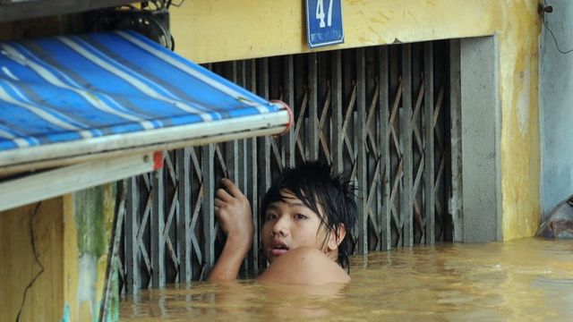 'Việt Nam phải tính di dân từ bây giờ'
