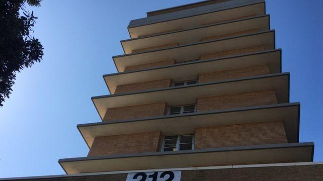 โรงแรมพาลาจ ปัจจุบันเป็นอาคารพักอาศัย
