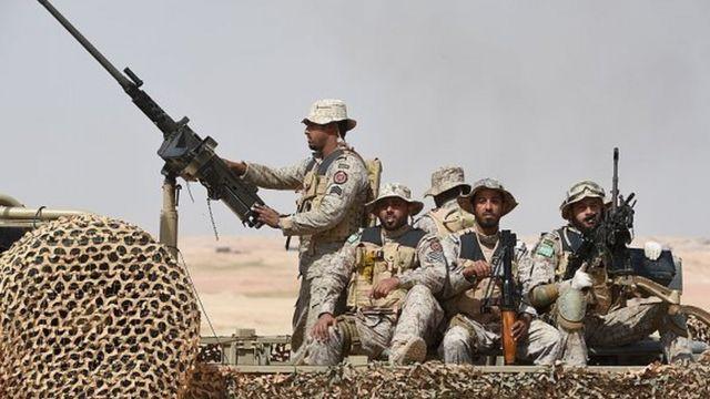 صورة أرشيفية لجنود سعوديين