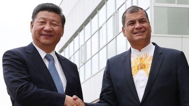 Wi Jinping y Correa