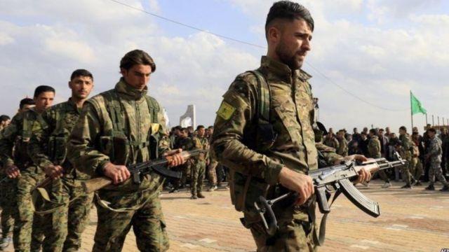 قال آلدار خليل المسؤول في لجنة العلاقات الدبلوماسية في حزب الاتحاد الديمقراطي لا مانع لانضمام وحدات حماية الشعب إلى جيش النظام وفق تفاهمات محددة.