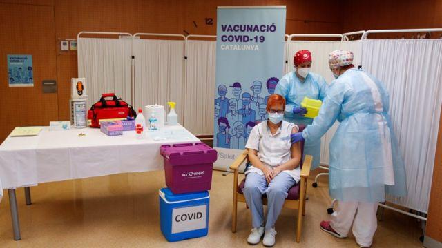 Vacunación en Lleida, España