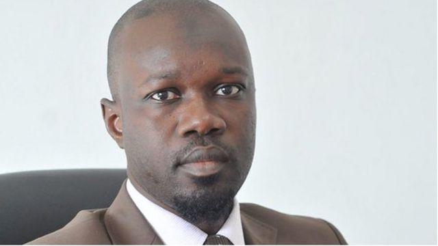 L'inspecteur des impôts Ousmane Sonko a été renvoyé de la fonction publique.