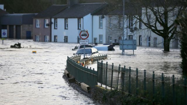Climate protection gap widening, warns insurance report