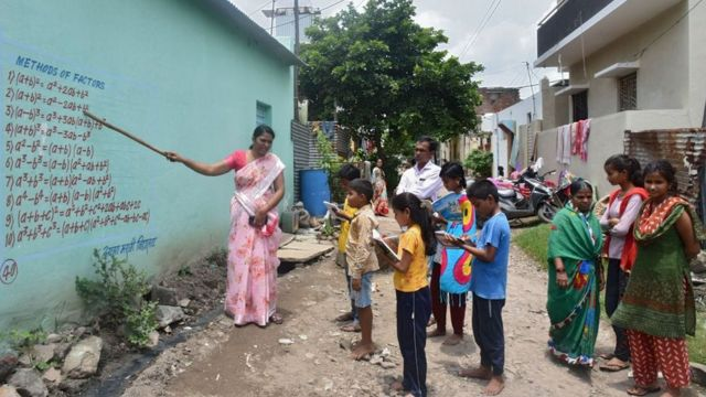 New ways of teaching in rural areas of South Asia