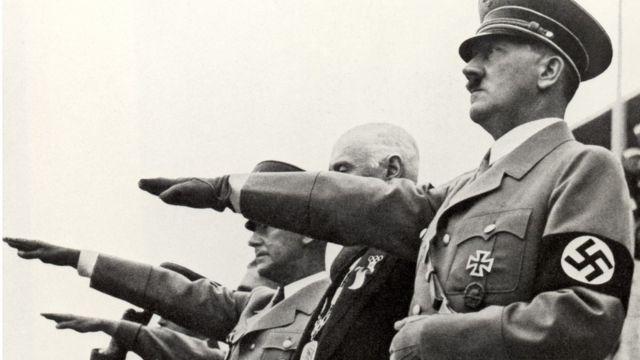 Adolf Hitler durante la ceremonio de apertura de los Juegos Olímpicos de Berlín en 1936.