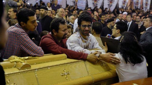 تفجير الكنيستين أسفر عن مقتل العشرات