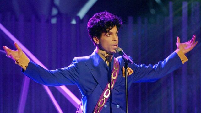 """Grammy and Oscar-winning recording artist Prince performs the song """"Purple Rain"""" at the 46th Annual Grammy Awards held at the Staples Center on February 8, 2004"""