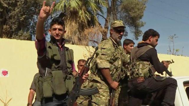صورة جنود من المعارضة السورية