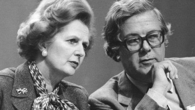 撒切尔夫人和她的外相杰弗里豪在英欧关系上分歧严重
