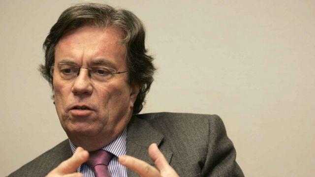 Claude Evin, autor de rigorosa lei regulamentando publicidade de álcool na França