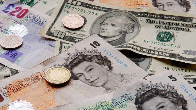 Libras y dólares