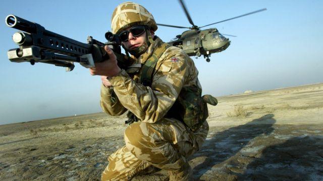 Британский солдат в Басре