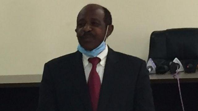 Rusesabagina imbere y'abanyamakuru i Kigali