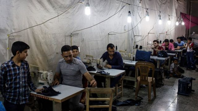 Asgari ücretle çalışan tekstil işçileri